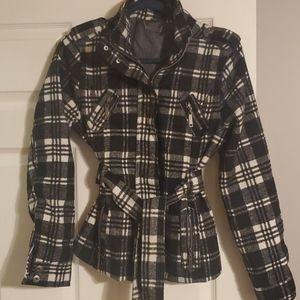 Super cute plaid jacket